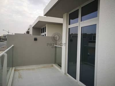 3 Bedroom Townhouse for Sale in DAMAC Hills 2 (Akoya by DAMAC), Dubai - 3 Br Townhouse | Open Kitchen | Ready To Move | No Commission