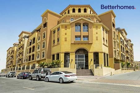 شقة 2 غرفة نوم للايجار في قرية جميرا الدائرية، دبي - Available Now   Spacious   Pool View   Balcony