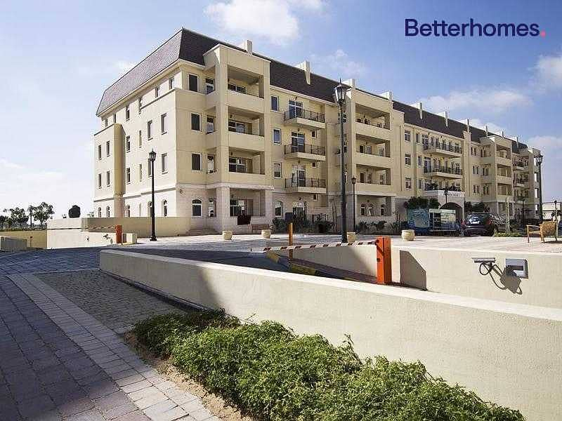 25 Ground floor  Fully upgraded  Massive unit  Vacant