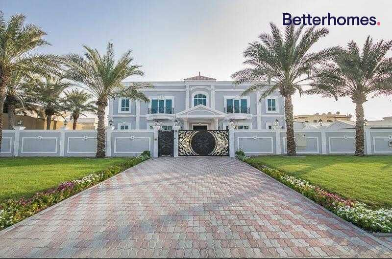 2 GCC Luxury Home  Upgraded  Corner villa