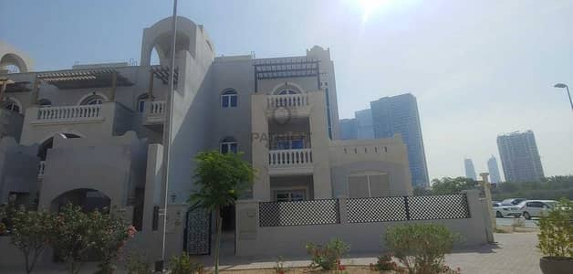 تاون هاوس 5 غرف نوم للبيع في قرية جميرا الدائرية، دبي - CORNER 5 BED TOWNHOUSE | GARDEN UNIT | WITH SHARED POOL & ALL AMENITIES
