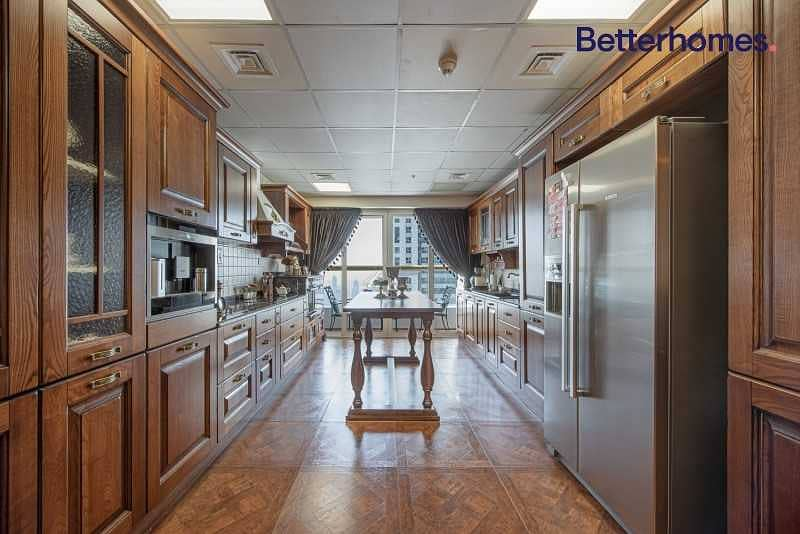 2 Fully Upgraded | High Floor | Sea View  .