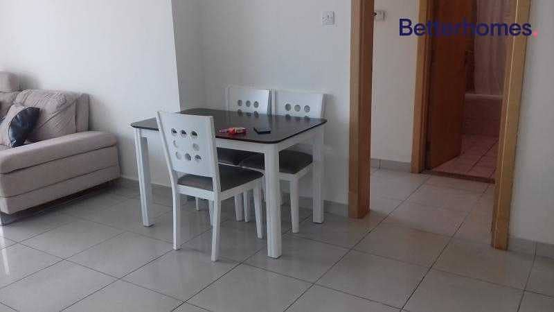 17 Park View   Mid Floor  Unfurnished   With Balcony