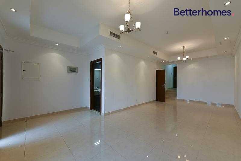 2 Private Graden | Maids Room| Basement | Rented