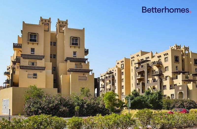 Al Thamam 18 - Large and Brand New Apartment with View of the Desert