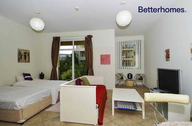 2 Perfect Location | Large Studio | Top Of The Deal