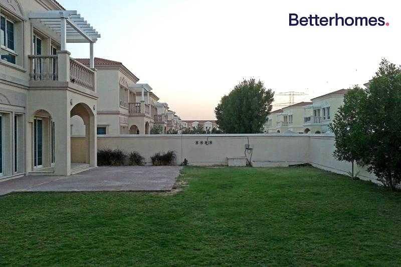 2 Independent Villa | 2 B/R Maid | District 8