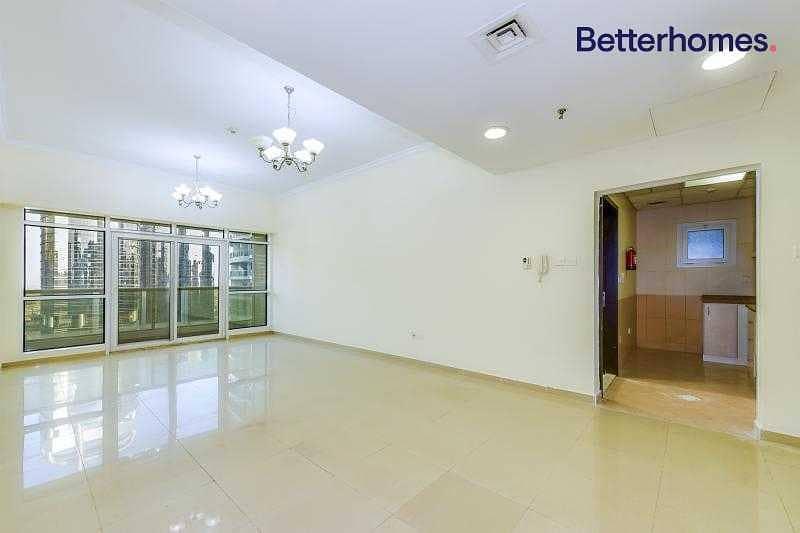 2 High Floor | Balcony |Large Apartment