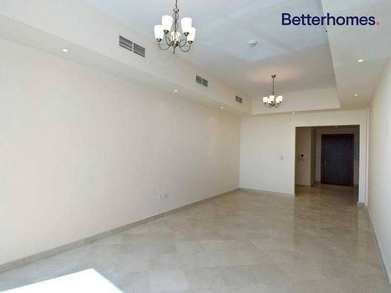 2 1 Month Free | Spacious | 2 Bedroom | Vacant Now