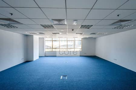Office for Sale in Jumeirah Lake Towers (JLT), Dubai - Fully Fitted and Furnished I Low Floor