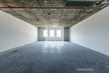 مکتب  للايجار في بر دبي، دبي - Semi Fitted | 6 Cheques | AED 95 per sqft