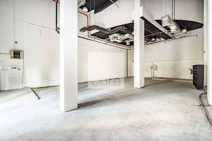 2 Fully Fitted Retail | Low floor | Parking