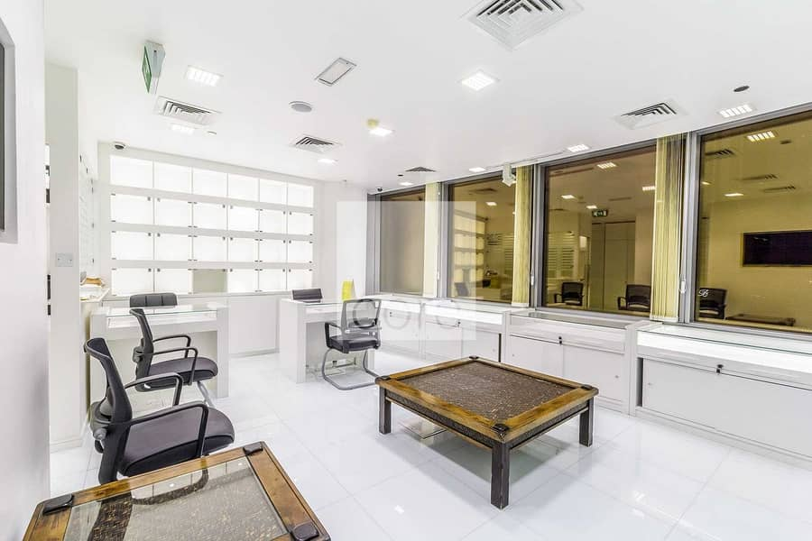 Fully fitted and furnished office | Gold
