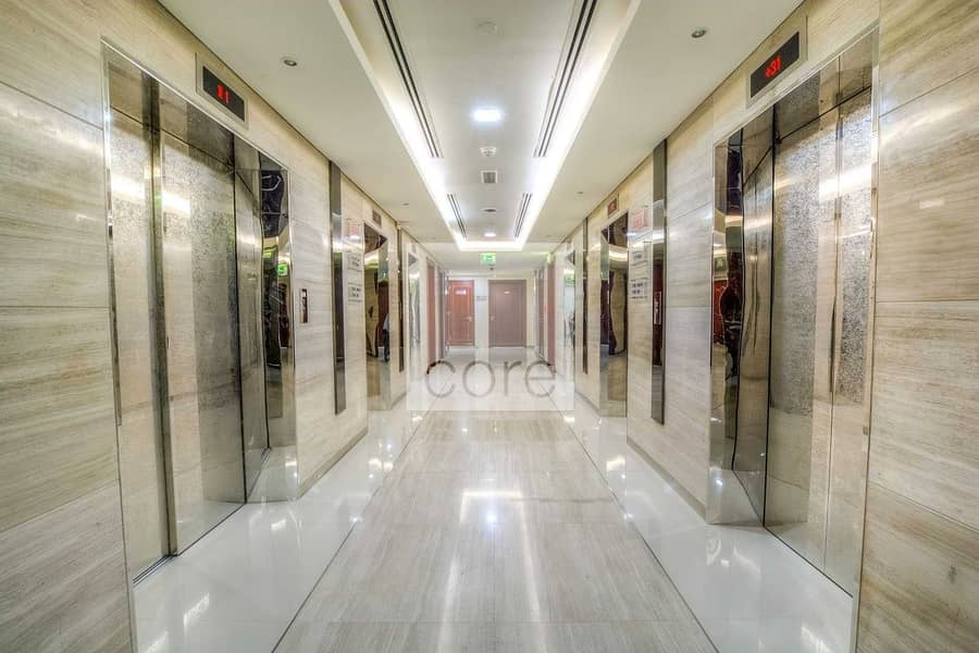 10 furnished office in Platinum Tower