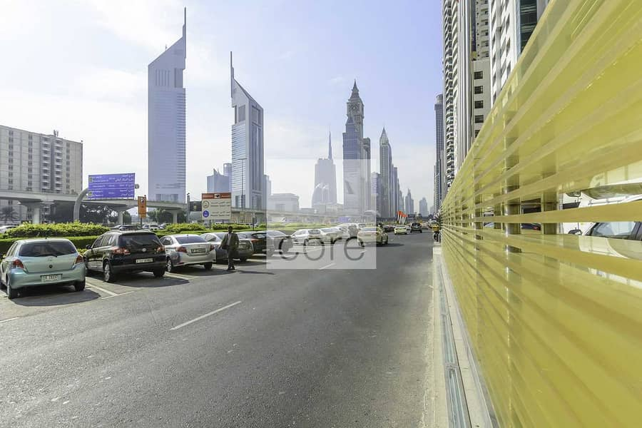 10 Fitted retail space available in Nassima