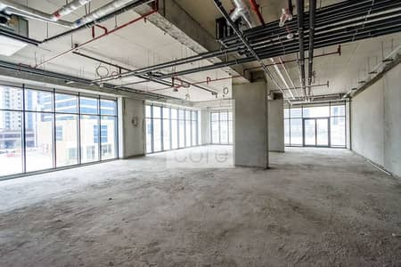 Office for Rent in Business Bay, Dubai - 4 Months Rent Free   Shell and Core Retail