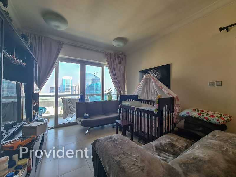 High Floor | Well Maintained | Stunning City Views