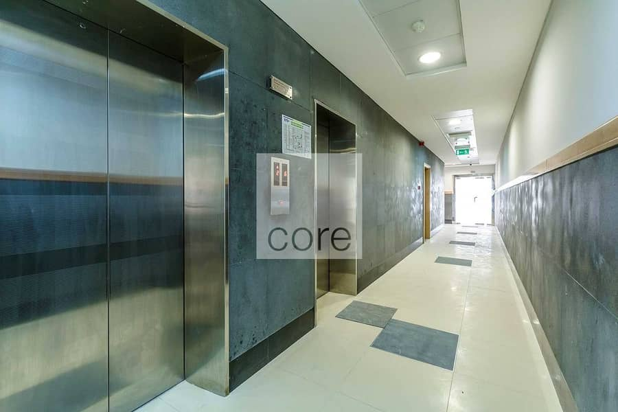 10 Fully Fitted Office | DEWA Included | Parking