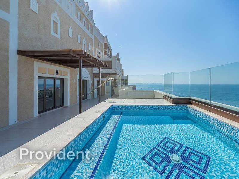 Highest Floor Penthouse | Upgraded | Beach Access