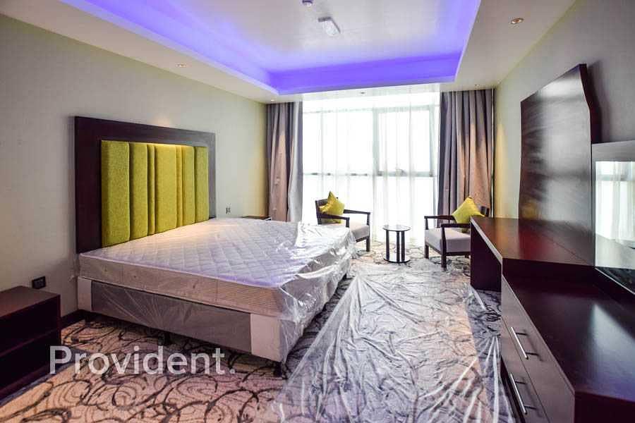 Full Building 3 Star Hotel Al Muraqqabat