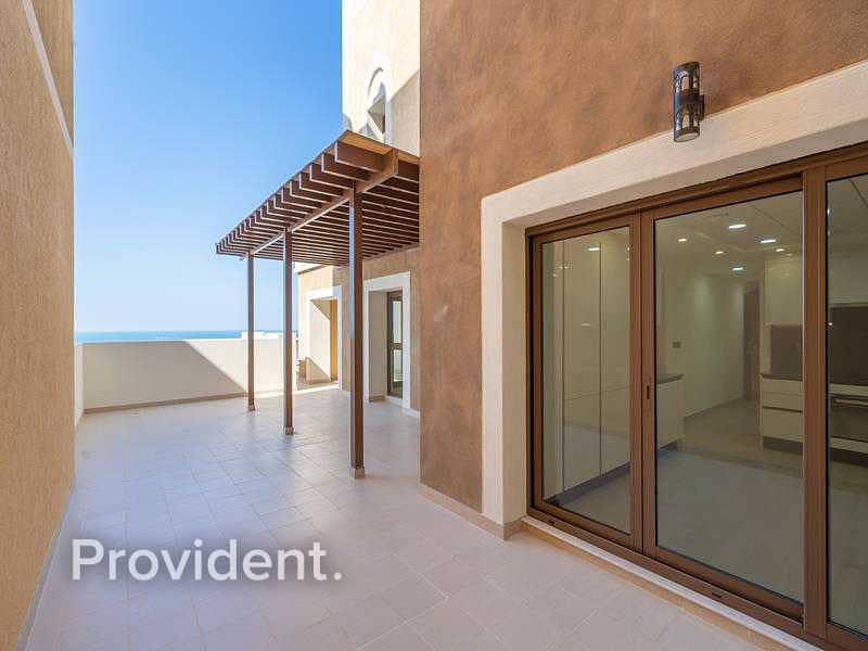 20 Highest Floor Penthouse | Upgraded | Beach Access