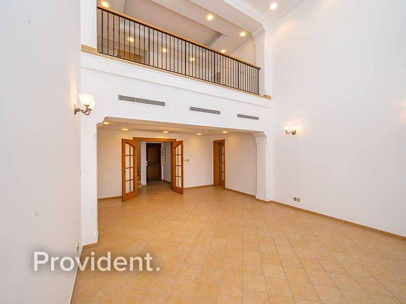 2 Incredible Triplex Penthouse   Private Patio   Vacant