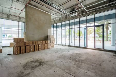 Shop for Rent in Business Bay, Dubai - 33Kw Electric Power | Shell and Core | Retail