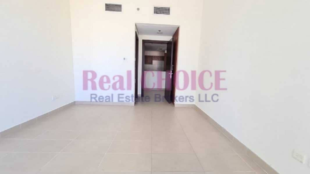 Fabulous 1bhk with close kitchen