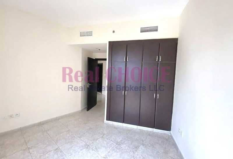 2 12 Cheques | Spacious 2 Beds | Chiller Free