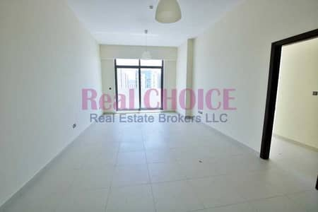 1 Bedroom Apartment for Rent in Al Mina, Dubai - Lovely & Huge 1BR Apartment Vacant for rent