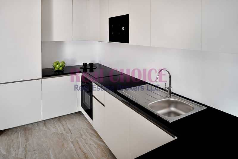 2 Furnished And Spacious 1BR Apartment Vacant Now