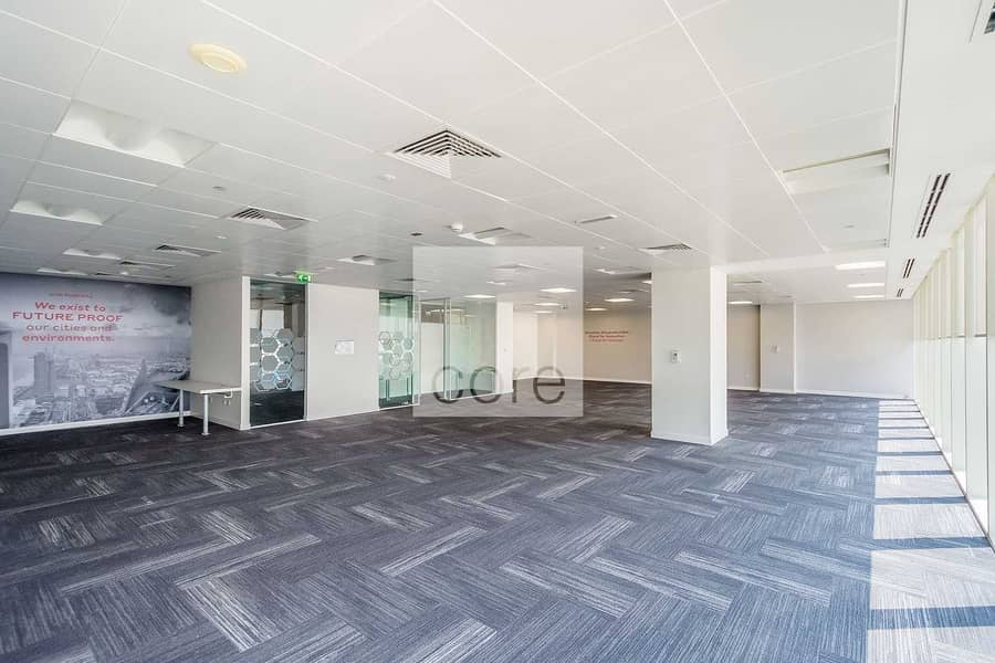 2 Fitted office on high floor good location
