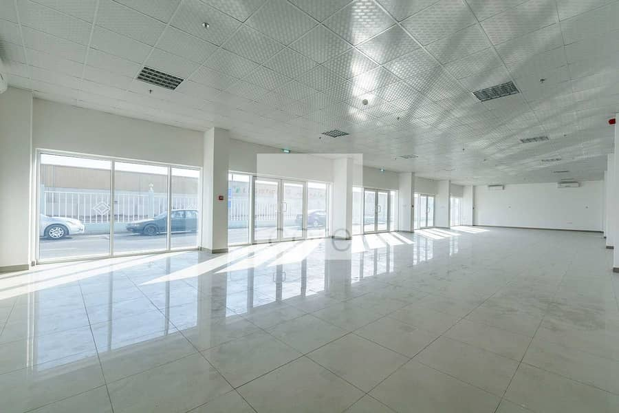 2 Huge fitted office space in Mussafah Area