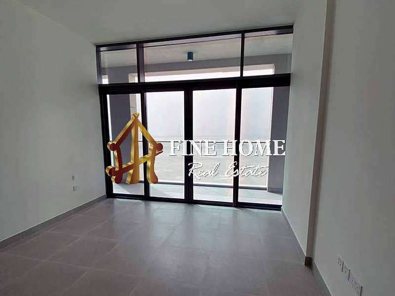 Hurry & Invest in this Huge 2BR w Balcony Now