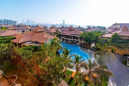 فلیٹ 1 غرفة نوم للبيع في نخلة جميرا، دبي - Sea and Burj Al Arab View | Pristine Condition