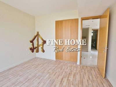 3 Bedroom Villa for Sale in Al Raha Gardens, Abu Dhabi - Huge Spacious 3BR TH w/ Study/Maid's room