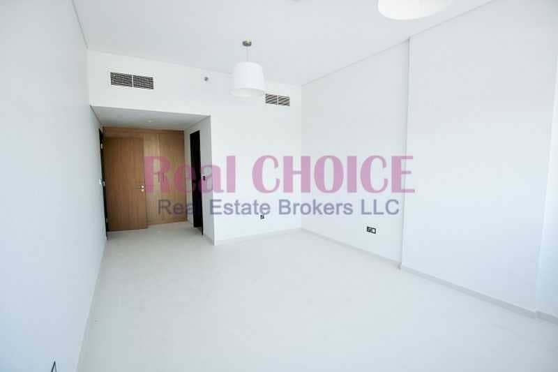 2 Spacious 2BR + Store  Payable 4 Chqs   Family Only