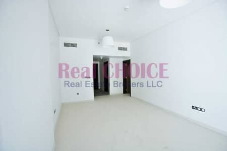 1 Bedroom Apartment for Rent in Al Mina, Dubai - Nice Layout 1BR Plus Store Apartment 4 Cheques