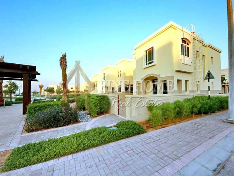 Modern Studio with Balcony in Al Ghadeer