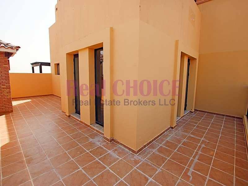 10 12chqs|No Commission|2BR Top Floor Apartment