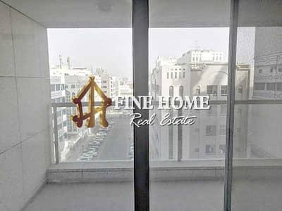 شقة 2 غرفة نوم للايجار في الخالدية، أبوظبي - Spacious 2 BR w/ maids rm + services I For Rent