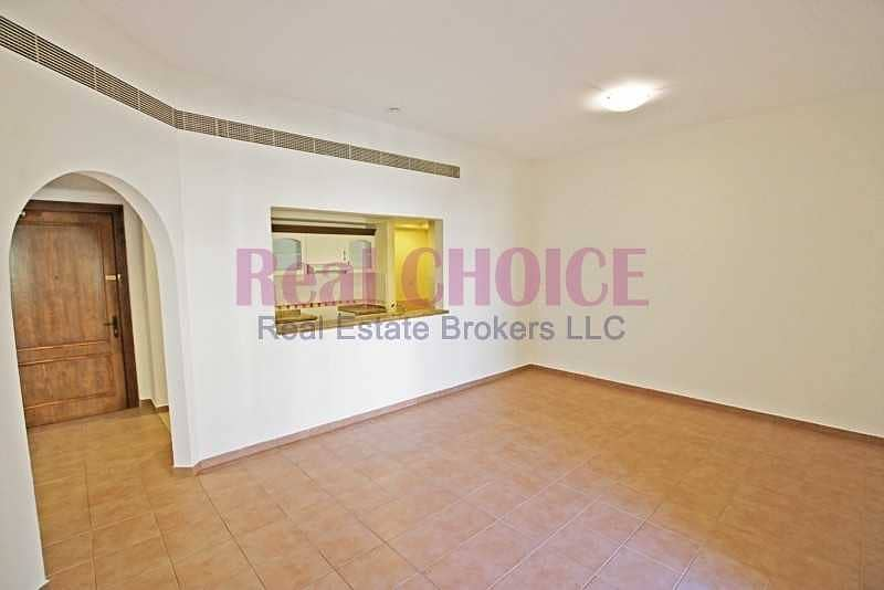 1BR Apt with 12 cheques and No Commissions