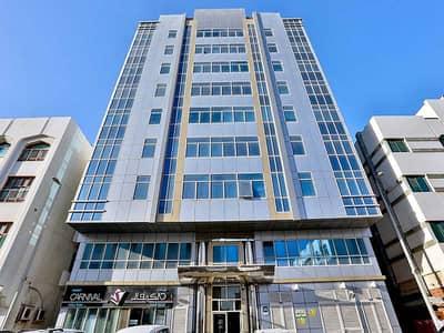 مبنی تجاري  للبيع في مصفح، أبوظبي - Residential Building | 7 Floors | 28 Apt | 4 Offices