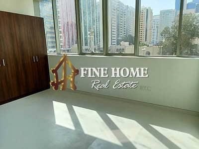 شقة 2 غرفة نوم للايجار في الخالدية، أبوظبي - For Rent | Brand New 2BR w/ Maids Rm + Parking