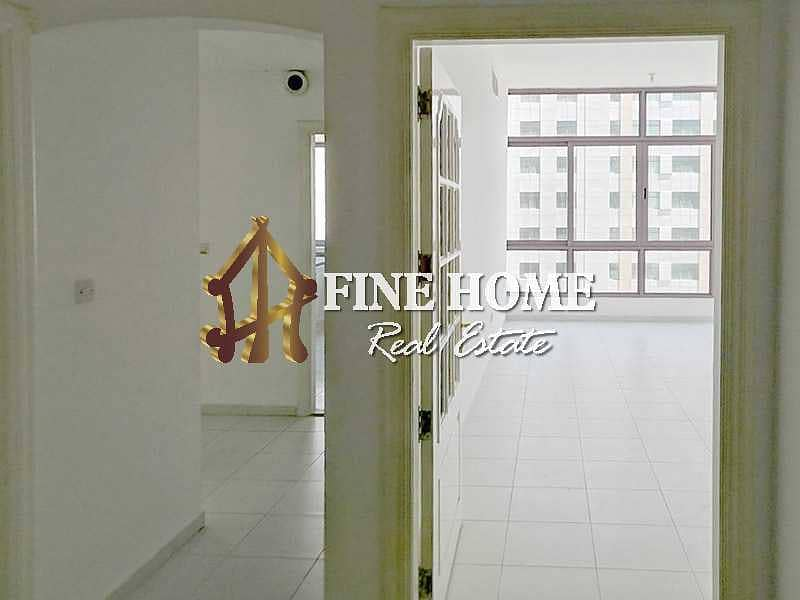 2 Relaxing City View I 2 BR with Close Kitchen