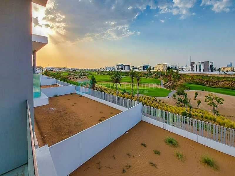 17 Full Golf Course Facing  Huge Plot Brand New Villa