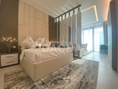 استوديو  للايجار في الخليج التجاري، دبي - Luxury Furnished / Burj Views / Brand New