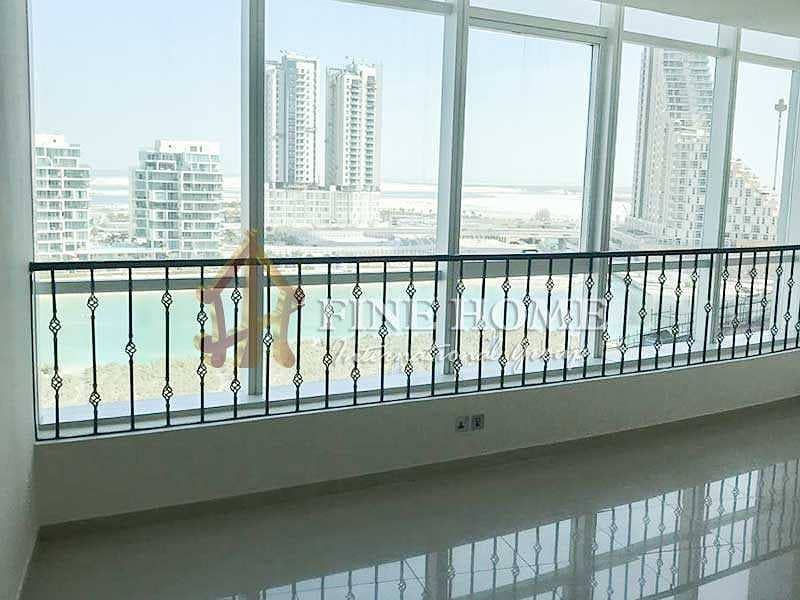 Largest Studio Apartment with Sea & Pool View