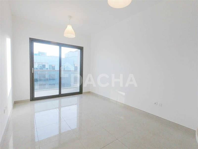 2 Lovely Community / Modern Apartment / 1 Month Free