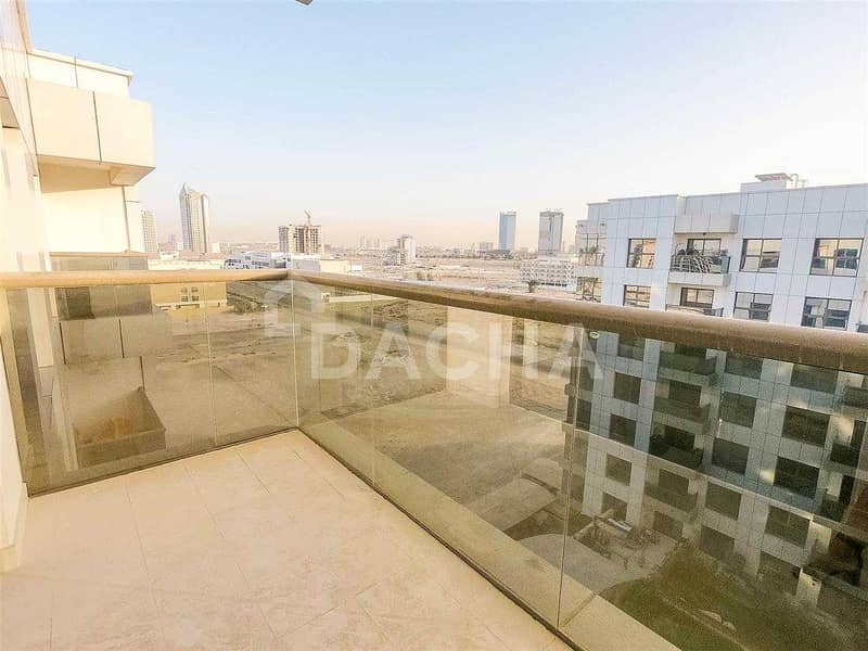 9 Lovely Community / Modern Apartment / 1 Month Free